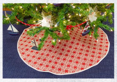 2014_December-Christmas-Tree-1