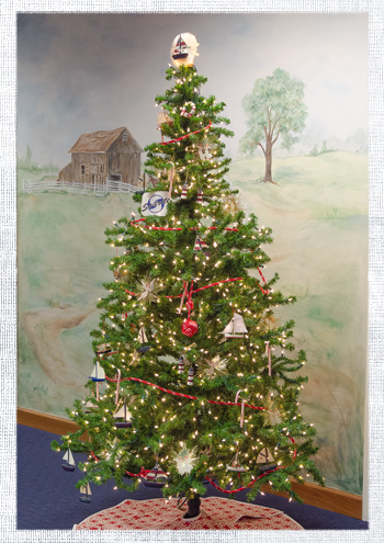 2014_December-Christmas-Tree-4