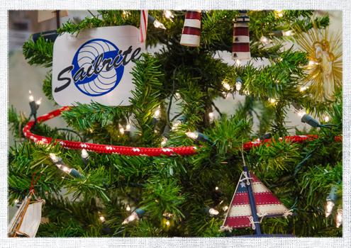 2014_December-Christmas-Tree-7