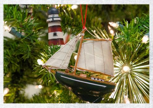2014_December-Christmas-Tree-8